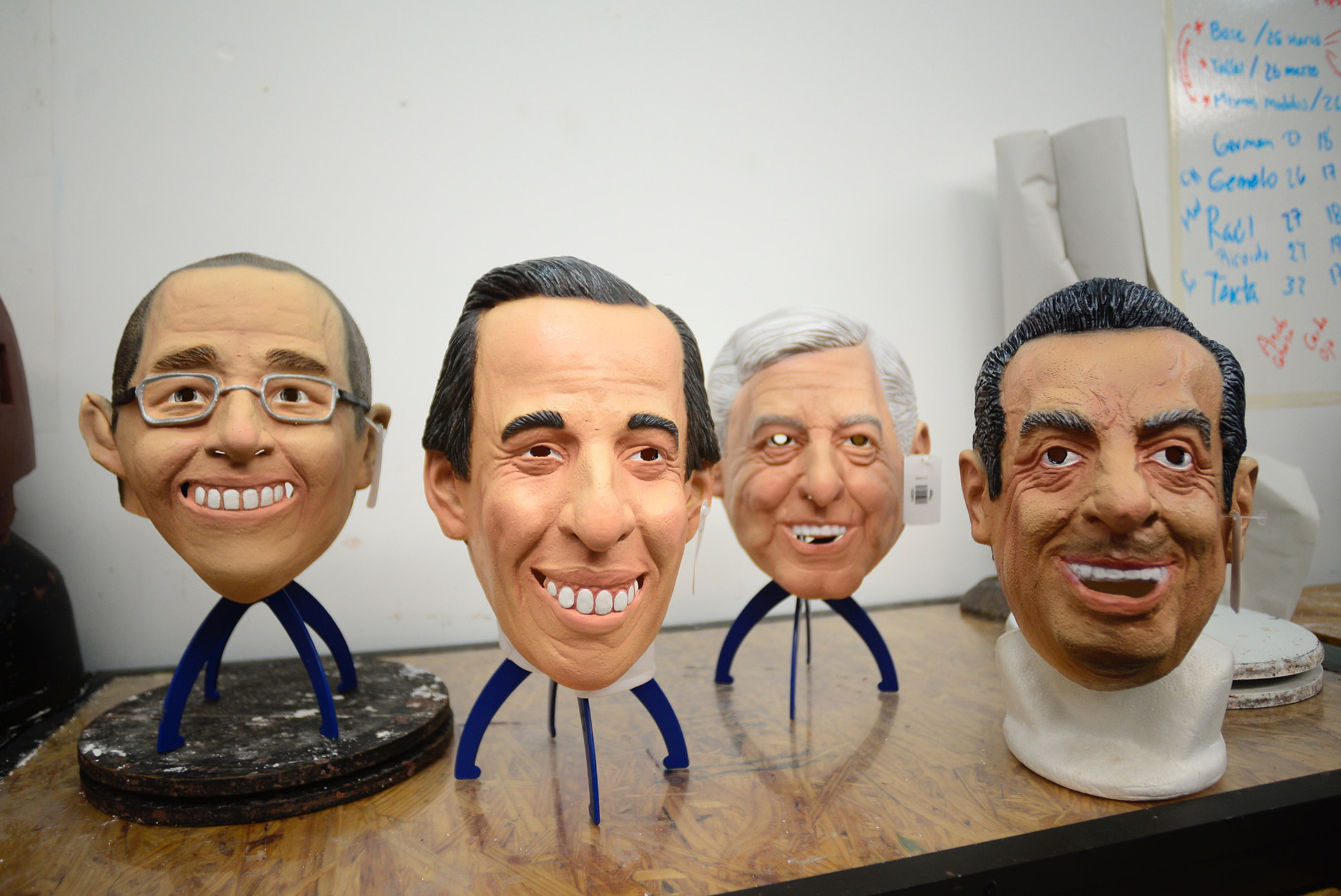 THE MASK OF MEXICAN POLITICS