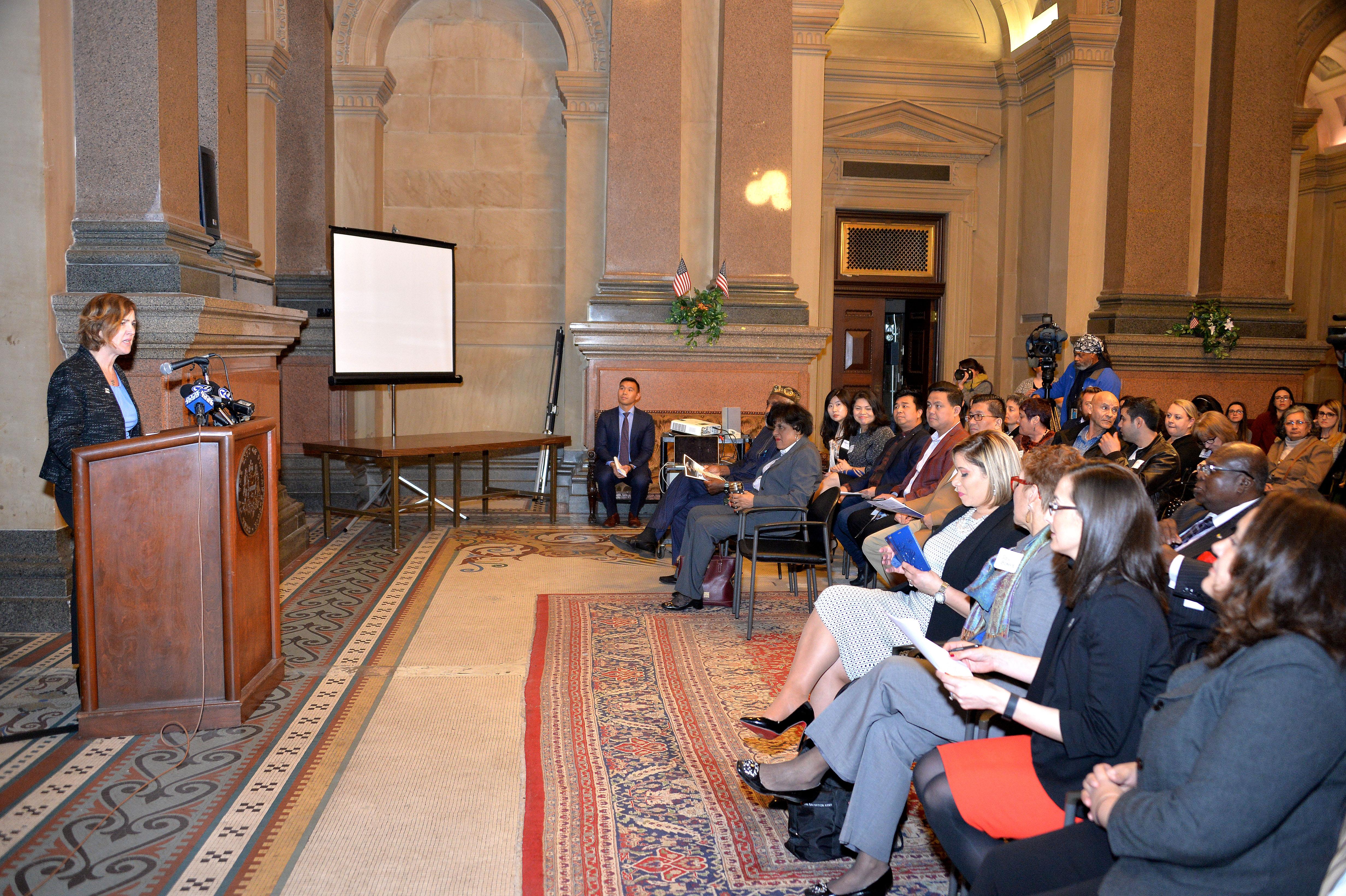 La semana de la Empresa Inmigrante empieza en el Ayuntamiento de Filadelfia