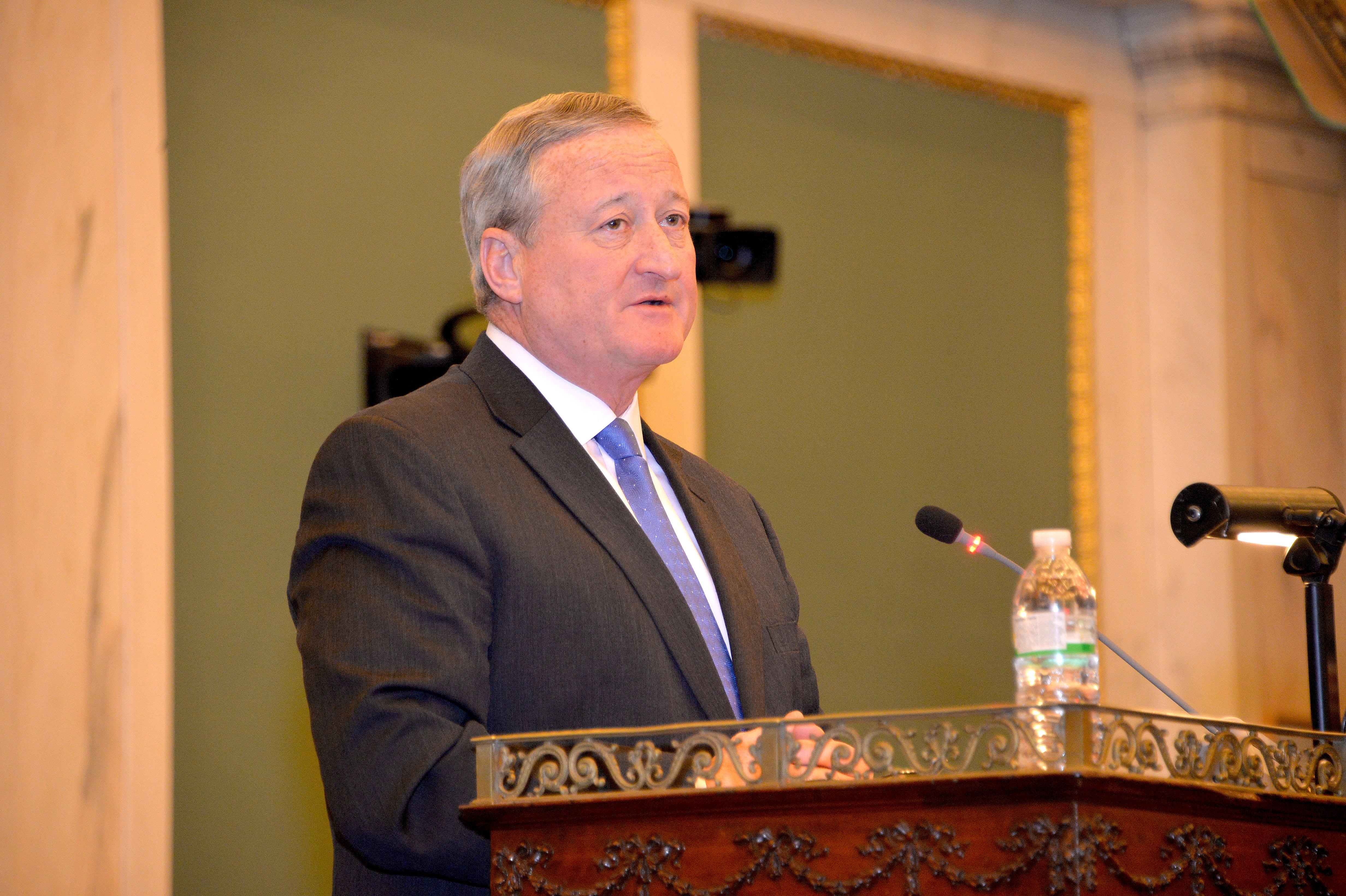 El Alcalde Kenney ruega por la unidad durante su discurso sobre el presupuesto