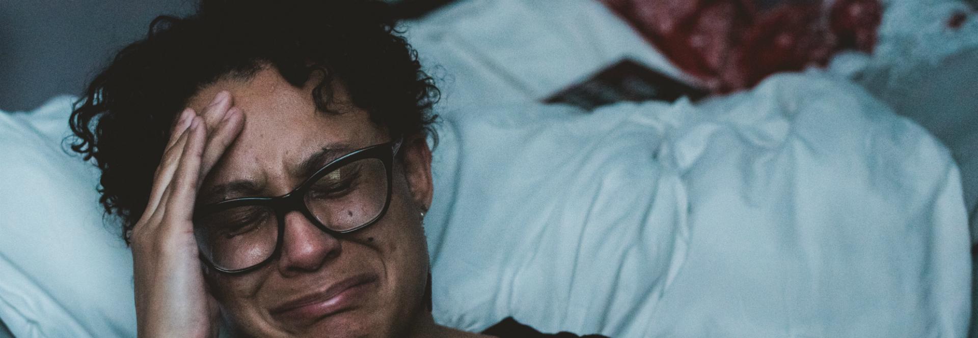 ¿Cuáles son las razones de la depresión posparto?