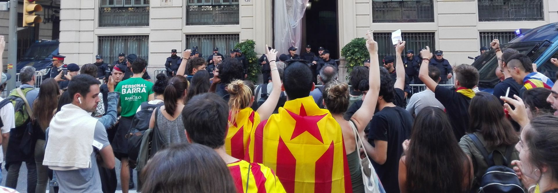 La amarga resaca del referendum de independencia catalán . A.R