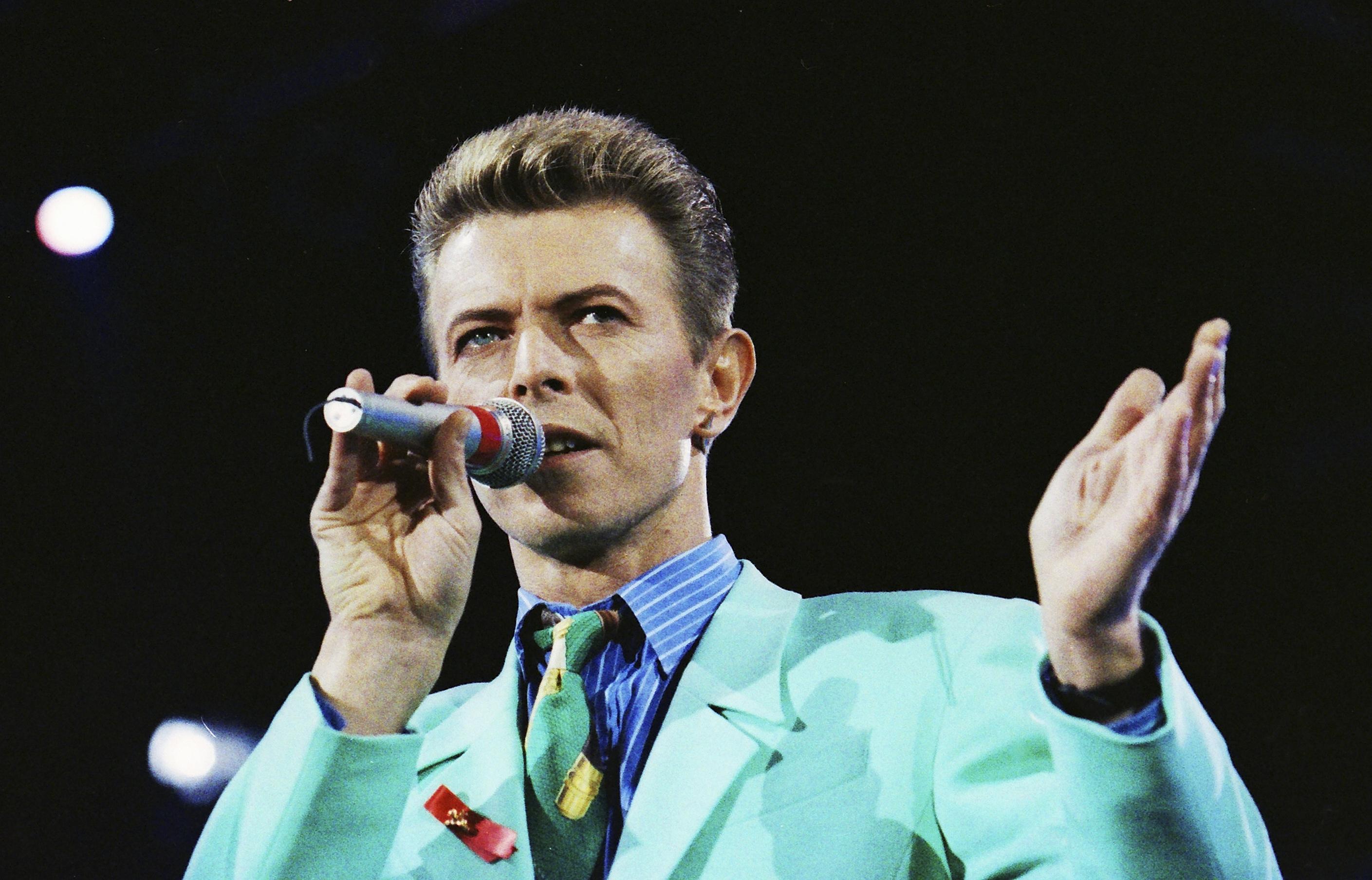 Philadelphia celebrates David Bowie starting January 5th.