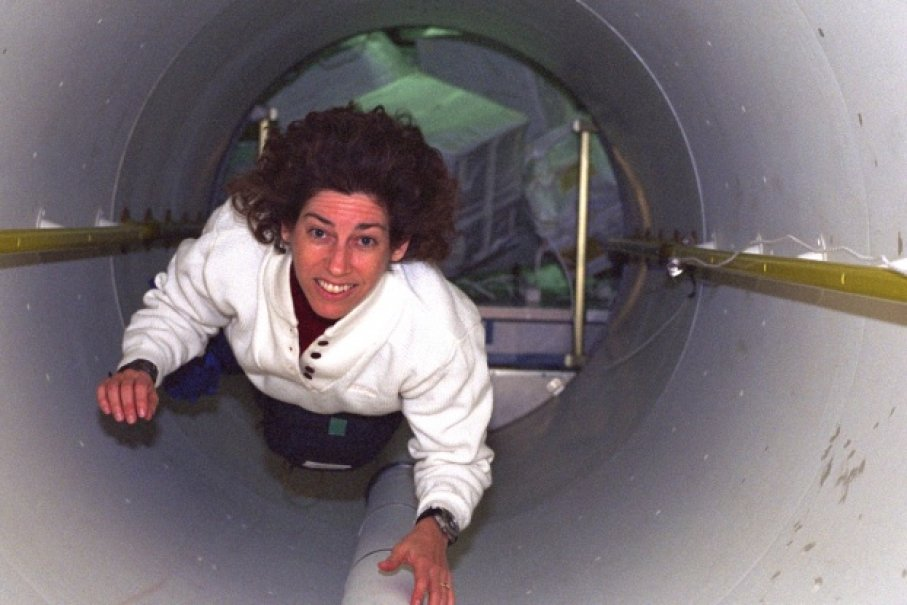 Ellen Ochoa on her third spaceflight, helping to transport supplies from the space shuttle Discovery to the International Space Station in spring 1999. Photo: NASA