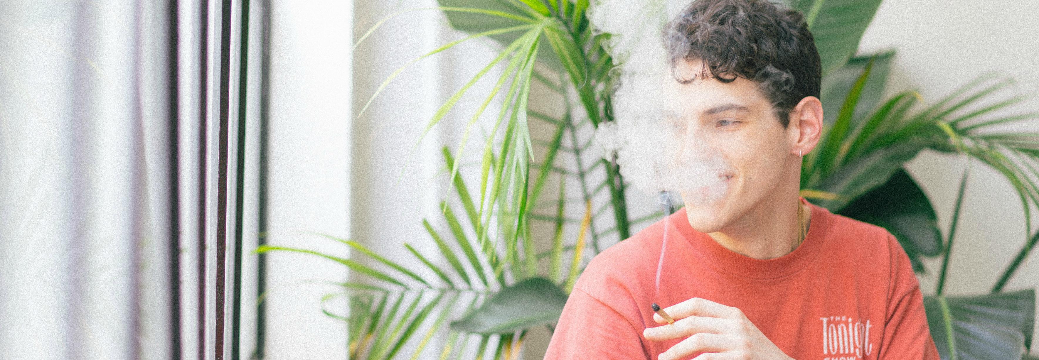 Los cigarrillos electrónicos contienen sustancias que podrían ser más perjudiciales que la nicotina