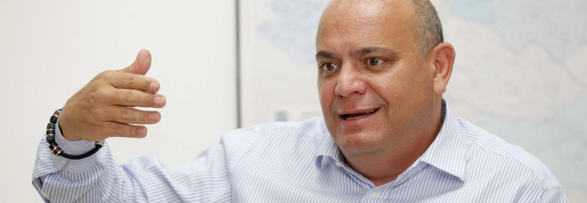 """Photo of the regional representative for Central America, Cuba and Mexico of the UN Refugee Agency (UNHCR), the Ecuadorian Jose Samaniego, telling EFE in an interview on June 19, 2019, that """"year after year"""" the number of refugees, applicants for asylum and displaced persons in the region """"continues to rise because of conflicts, violence and human rights violations."""" EFE/Alejandro Bolivar"""