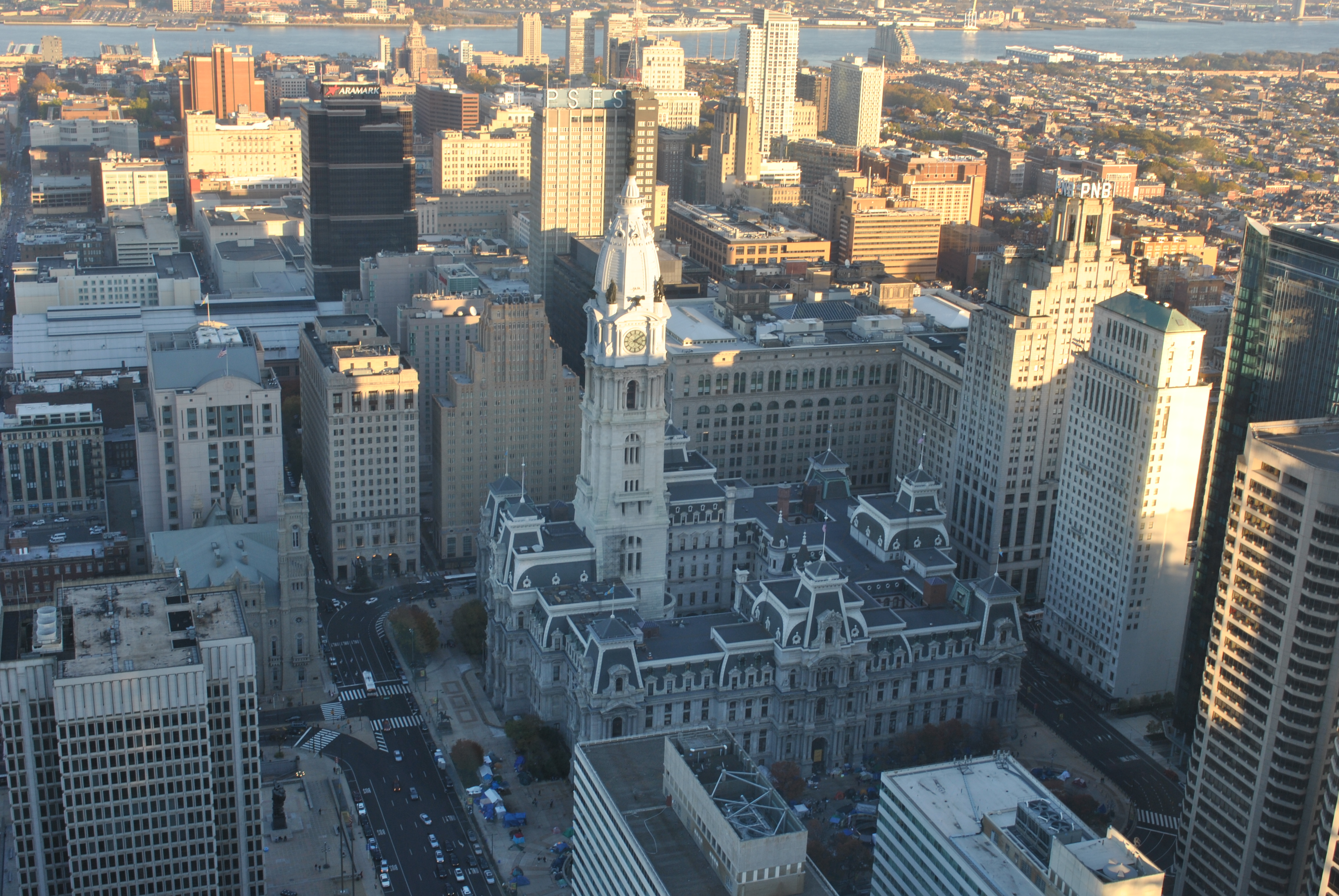 City Hall in Philadelphia as seen from above. Photo: AL DÍA Archives.