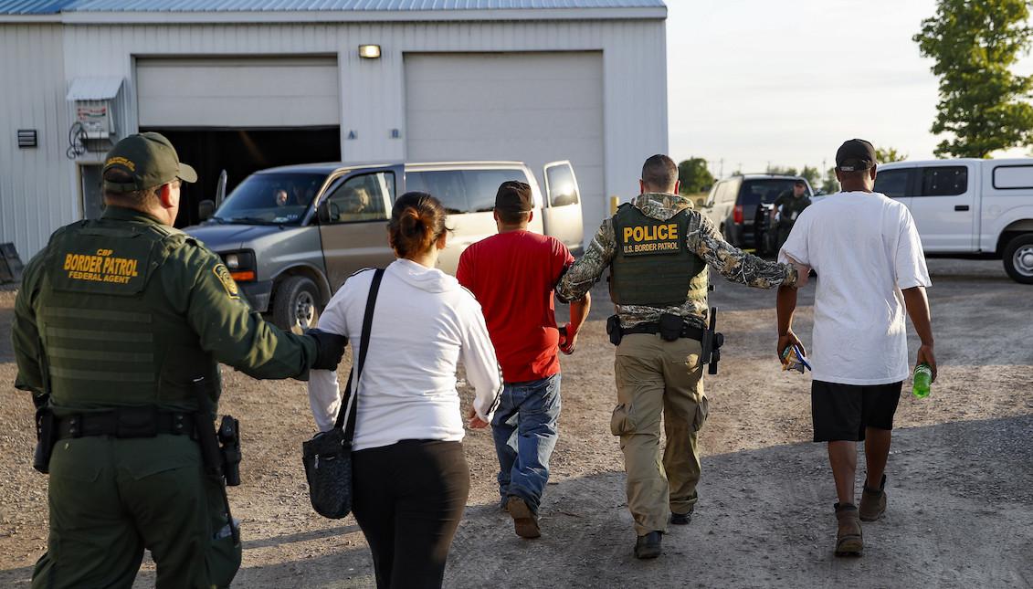 immigration agents arrest 114 - 960×541