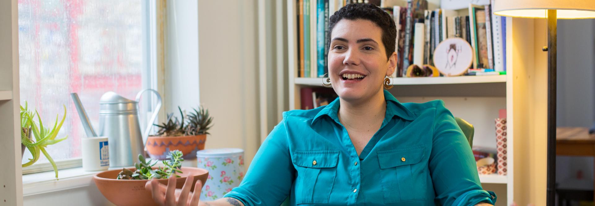 Raquel Salas Rivera - Queer Puerto Rican Poet. Photo: Samantha Laub / AL DÍA News