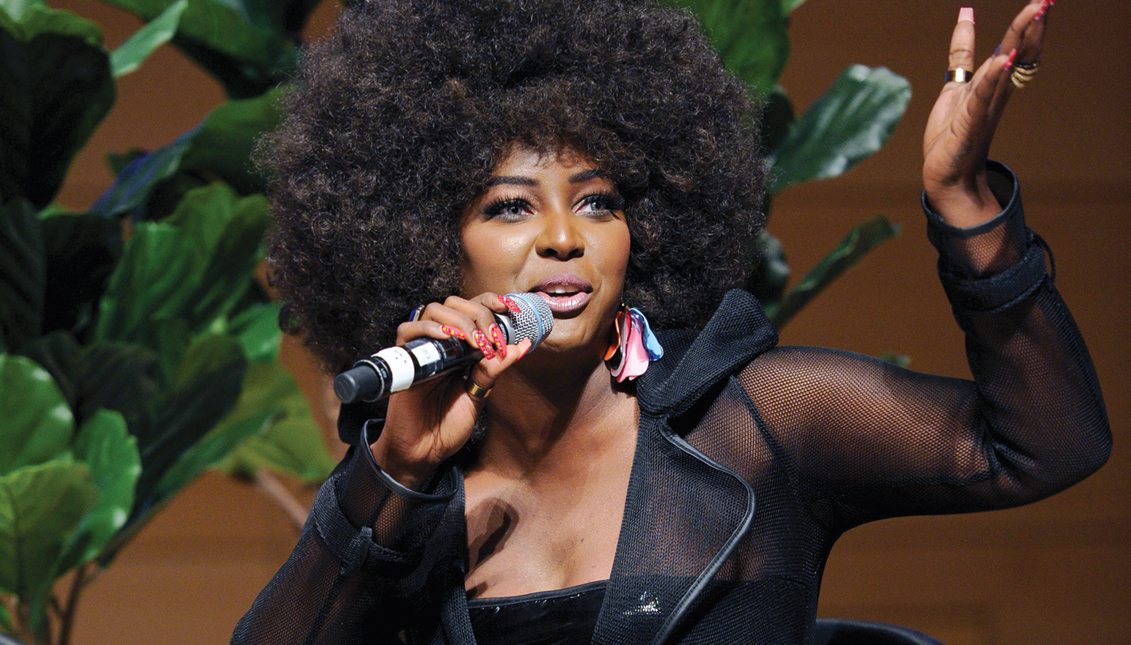 In October 2020, Amara La Negra became the backstage correspondent on the Spanish-language competition show Tu cara me suena, airing on Univision.