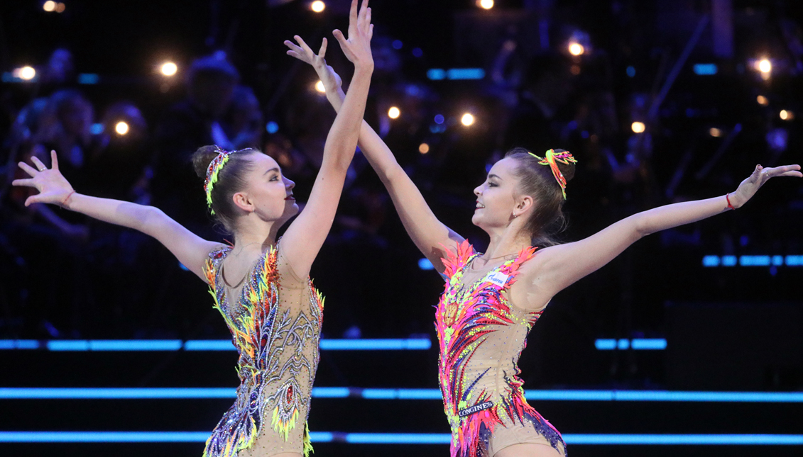 Las gemelas rusas que dominan la gimnasia rítmica. Getty Images