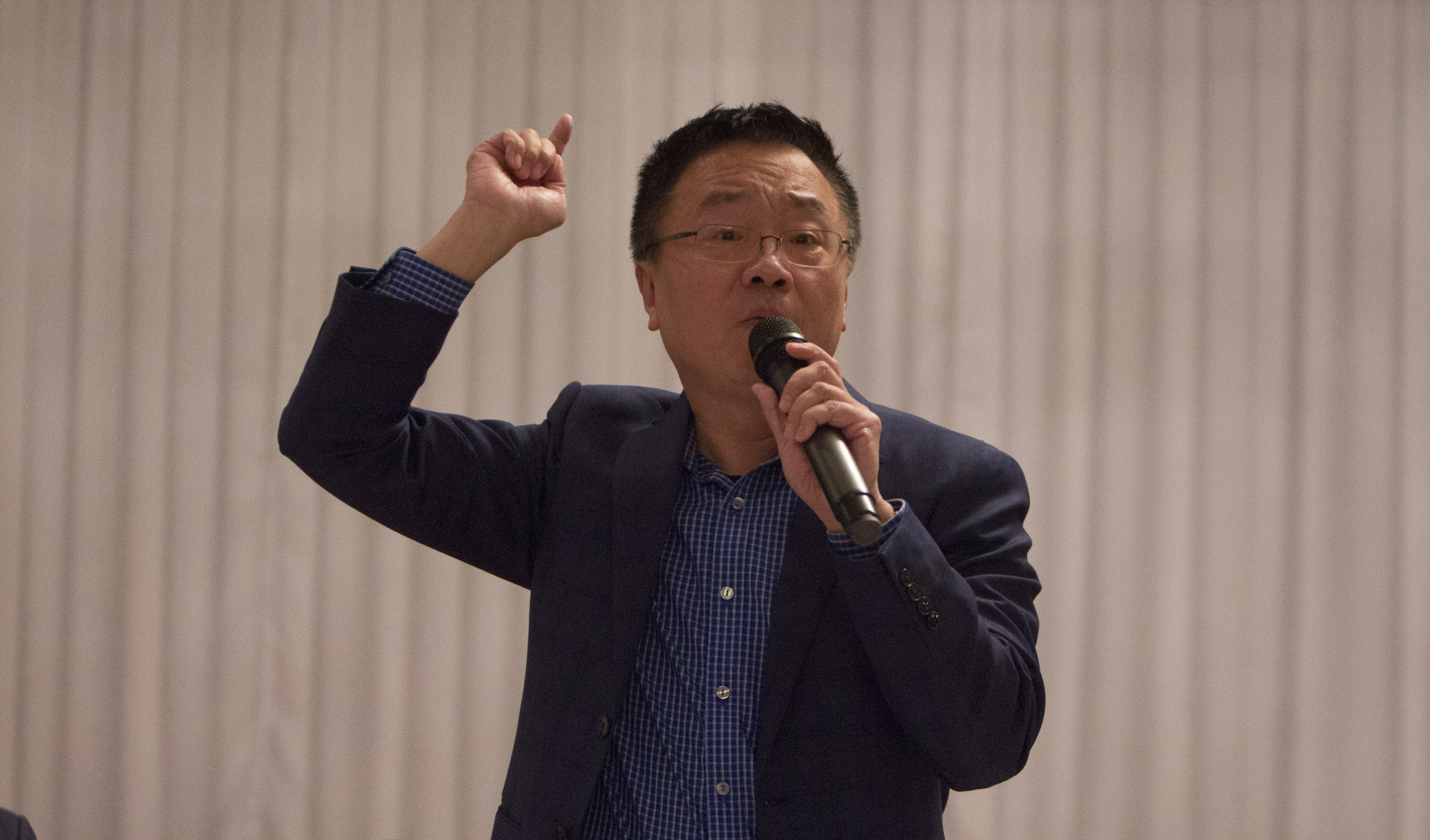 Adam Xu, chairman of the Asian-American Licensed Beverage Association. Photo: Edwin López Moya / AL DÍA News
