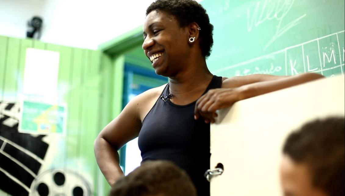 Priscila Días, profesora en Escola Amelia Kerr, en Jardim Horizonte Azul, Brasil.