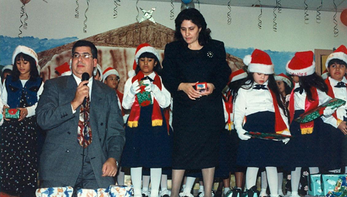 'Tío' Felipe y 'Titi' Myrtha celebrando la Navidad en la década de los 90.