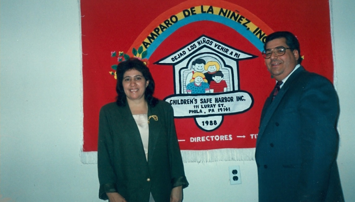 'Titi' Myrtha Castro y 'Tío' Felipe Castro, de Amparo de la Niñez. Foto Archivo