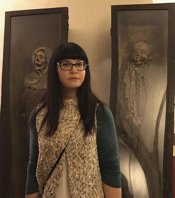 Sarah Chavez, directora de la Orden de la Buena Muerte.