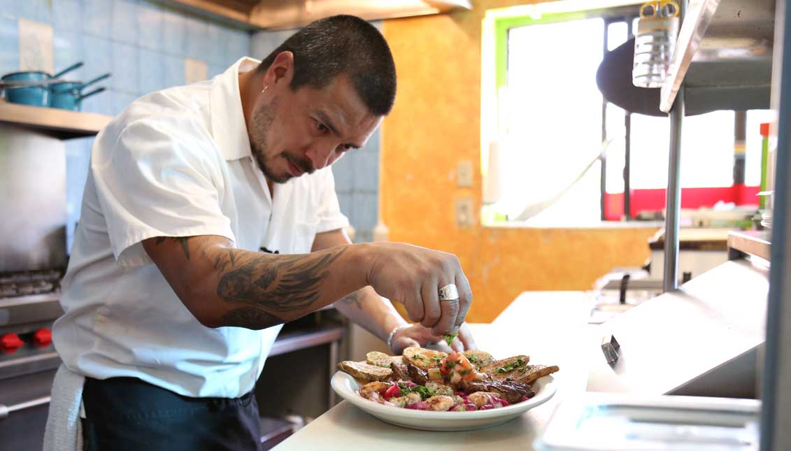 Charles Álvarez, Pura Vida, Latino Food Philadelphia