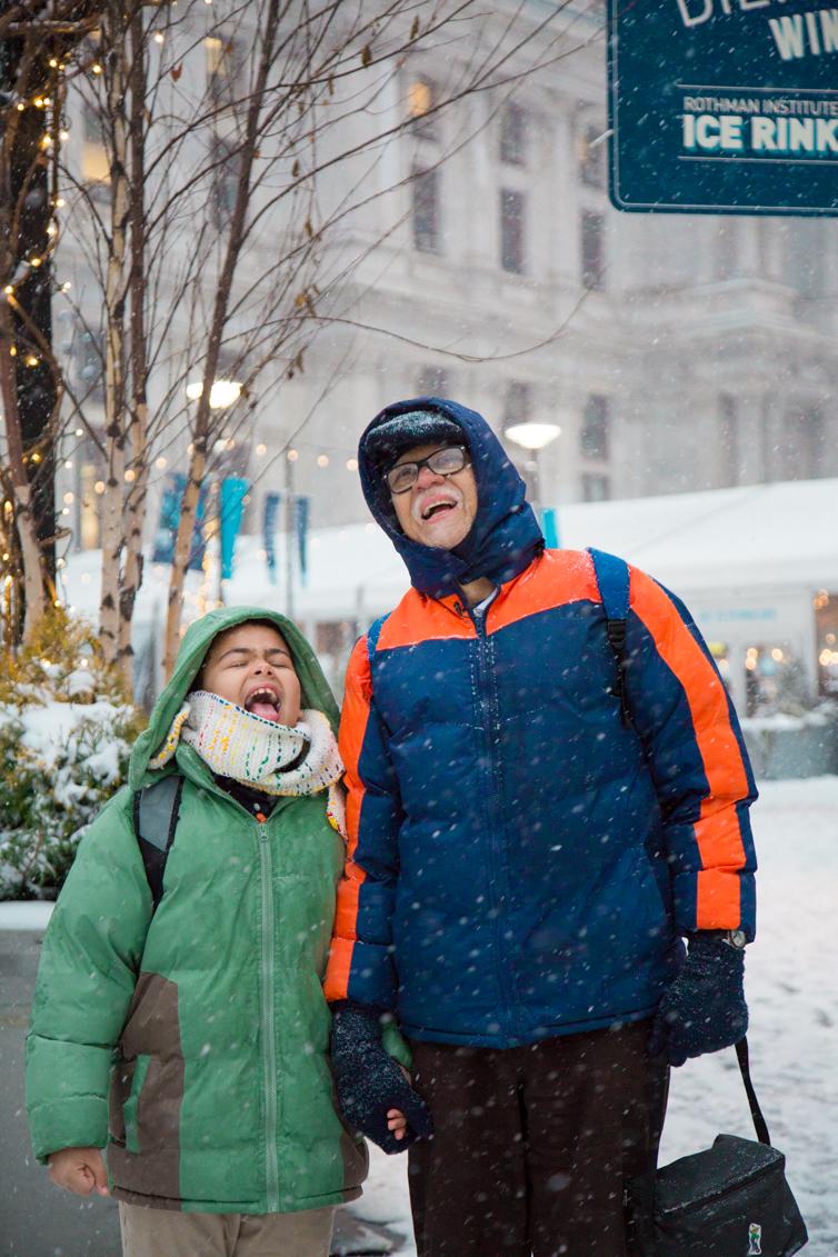 Raúl Berríos and his son Asaf Berríos in Philadelphia. Photo: Samantha Laub / AL DÍA News