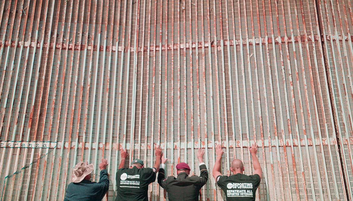 Ready for War cuenta la odisea de los militares deportados a Mexico y su lucha por regresar a Estados Unidos.