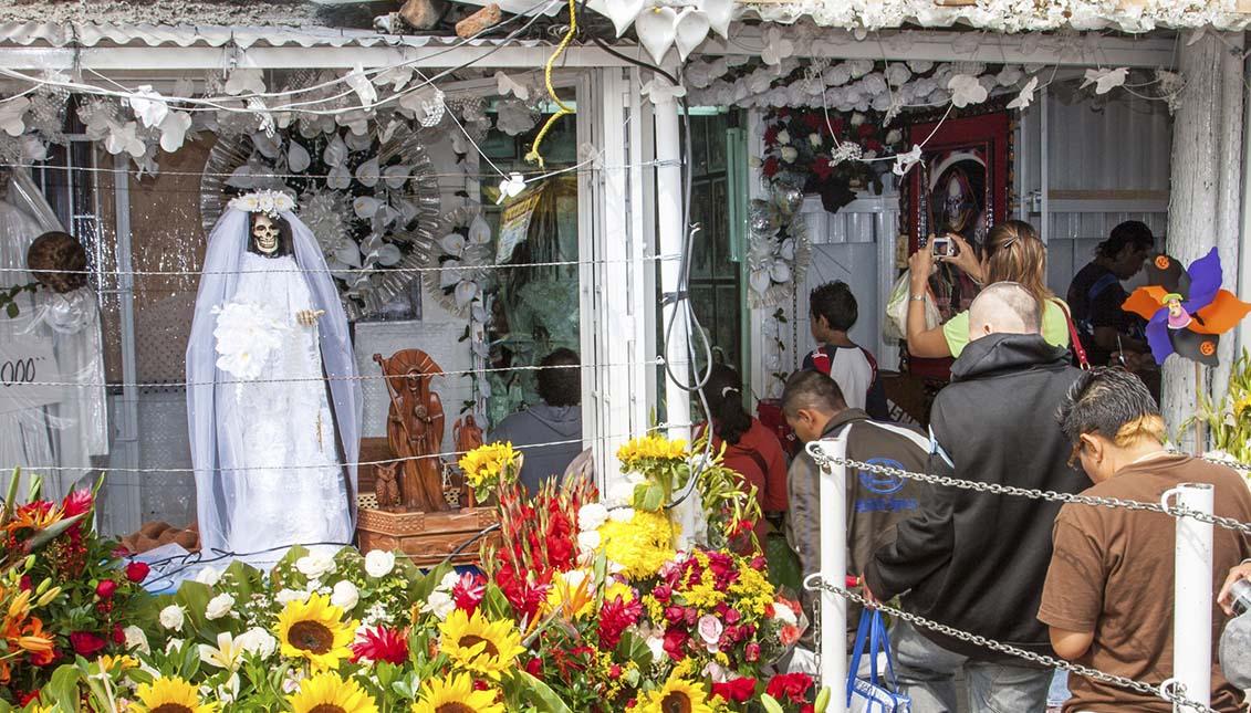 Se estima que hay cerca de 12 millones de devotos de la Santa Muerte. Getty Images