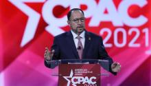 Robert Unanue giving a speech at CPAC. Photo: Getty Images