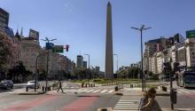 Argentina prepara también un nuevo programa con el FMI.Bloomberg