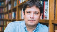 Pedro Medina León es un autor peruano radicado en Miami, y quien se ha dedicado a intentar abrir un nicho en la industria editorial para la literatura escrita en español en EE.UU. Steve L. Romero/ AL Día News