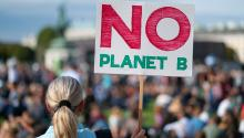 Hopelessness is immense if one takes into account that efforts haven't been enough to stop the deterioration of the planet. The diagnoses point to drastic decisions, which require the unlimited commitment of governments, companies and communities. Getty Images