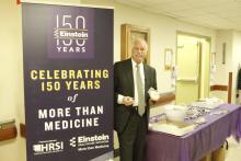 El presidentede Einstein Healthcare Network, Barry R. Freedman, en uno de los actos de celebración del 150 aniversario. (Facebook Einstein Healthcare Network).