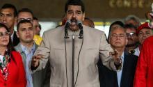 Venezuela's President Nicolas Maduro (C) speaks in Caracas, Venezuela, May 3, 2017. EFE/CRISTIAN HERNÁNDEZ