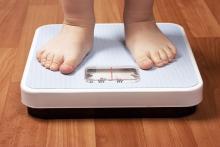 ¿Una multa por tener un hijo con obesidad?