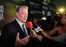 "Former U.S. Vice President Al Gore speaks to the press upon his arrival on the green carpet of the ""Green Gala Awards"", a charity event held in Miami, USA, Apr. 21, 2018. EFE-EPA/Gaston De Cardenas"