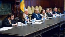 "Community members and lawmakers from Pennsylvania and Puerto Rico met in Philadelphia's city hall to find a solution to the ""airlift."""
