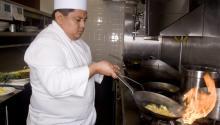 En Filadelfiadifícilmentese encuentra una cocina donde no haya un inmigrante trabajando. AL DÍA News.
