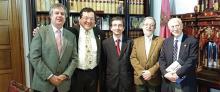 Fundación AL DÍA firma acuerdo histórico con Universidad en España