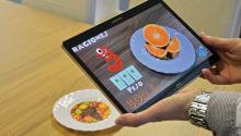 Una aplicación de realidad aumentada desarrollada por investigadores de la Universitad Politécnica de Valencia (España), enseña a los niños diabéticos a relacionar alimentos con raciones de hidratos de carbono. EFE