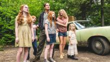Pie de foto : Woddy Harrelson encabeza una familia atipica en la película 'Glass Castle' dirigida por Destin Daniel Cretton. Credito: Jake Giles Netter/Lions Gate