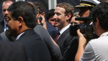 The founder of Facebook, Mark Zuckerberg, participated in the Asia Pacific Cooperation summit (APEC) last weekend in Lima (Peru). Facebook has been criticized for developing an internal software to help censure posts in China. EFE/MARTIN ALIPAZ