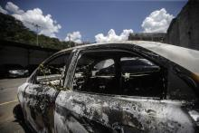 View of the charred vehicle that was found by the Brazilian Police with possibly the body of Greek ambassador of Brazil, Kyriakos Amiridis inside. Photo:EFE
