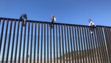 The border fence in the city of Tijuana (Mexico). President Donald Trump intends to prolong the wall with the purpose of stopping illegal migration. EFE / ARCHIVE BRAULIO GUERRA