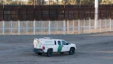This photo of January 27 shows the three border fences between the United States and Mexico in the city of San Luis (Arizona). EFE / Gary Williams