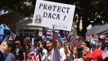 En Estados Unidos residen alrededor de 750.000 jóvenes indocumentados amparados por el programa DACA, 23.000 de ellos viven en Pensilvania. EFE