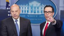 Treasury Secretary Steven Mnuchin and top White House economic adviser Gary Cohn at a press conference on US tax cuts promised by US President Donald Trump , At the White House in Washington, USA. EFE