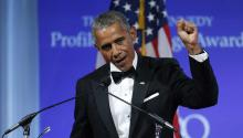 Former US President Barack Obama is being honored for 'his enduring commitment to democratic ideals and elevating the standard of political courage in a new century,' with specific mention of his expansion of healthcare options, his leadership on confronting climate change and his restoration of diplomatic relations with Cuba. EFE