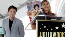 """Pese al exito de """"Moonlight"""", el hombre blanco heterosexual continúa dominando el cine de Hollywood, mientras quelas mujeres, las minorías raciales y la comunidad LGBT siguen con escaso protagonismo en los filmes. Los actores Jaseon Bateman yJennifer Aniston durante una ceremonia en el Paseo de la Fama deHollywood el pasado 26 de julio de 2017.EFE/Paul Buck"""