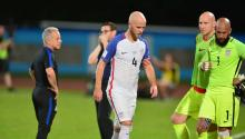 """Many defined it as the worst day in the history of US soccer. And it was. It is also true that Panama was awarded a score that did not cross the goal line, but it is also true that the final score at Trinidad and Tobago reaffirmed the saying:""""Thingsthat do not start right do not finish right"""". EFE"""