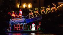 Decoración navideña en Newport Beach, California. Foto:EFE/EPA/EUGENE GARCIA