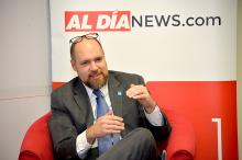 Trevor Day, Commissioner of Philadelphia's Procurement Department talks about contract opportunities offered for businesses during a dialogue session at AL DIA News offices.  Photo: Samantha Laub/AL DIA