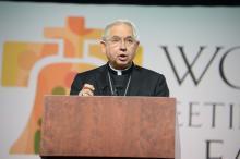 El Arzobispo José Gómez de Los Ángeles, habla en el Encuentro Mundial de Familias en Filadelfia, Pennsylvania, 2015. Foto: Peter Fitzpatrick/AL DÍA News.