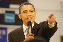 """""""Barack Obama at NH"""" di Marc Nozell from Merrimack, New Hampshire, USA - Barack Obama. Con licenza CC BY 2.0 tramite Wikimedia Commons."""
