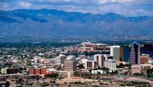 La ciudad de Tucson, Arizona, con la cordillera de Santa Catalina al fondo. Foto: Wikipedia
